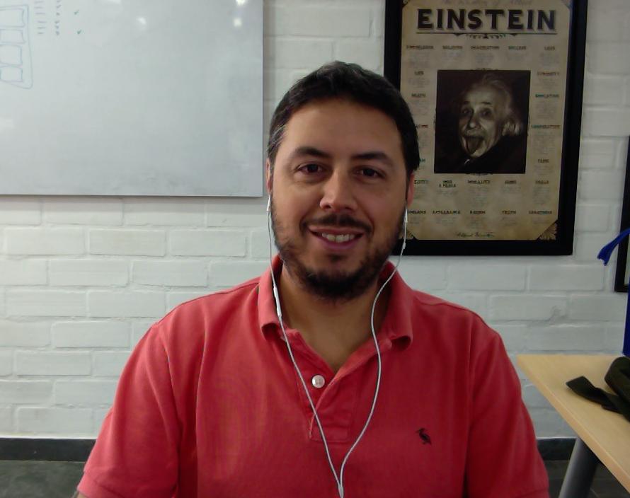 Alejandro-Perez-Komet-Sales